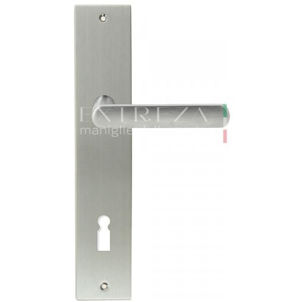 Дверная ручка Extreza Hi-tech AQUA (Аква) 113 на планке PL11 KEY матовый хром F05