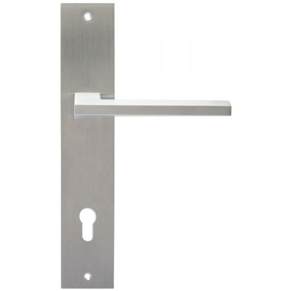 Дверная ручка Extreza Hi-Tech AZIMUT (Азимут) 102 на планке PL11 CYL матовый хром F05